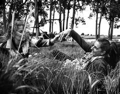 Friends. (Francesco Griselli Berlucchi) Tags: blackandwhite blackandwhitephotography blackandwhiteshots blackandwhiteportraits portraits portraiture reportage blancoynegro bestblackandwhite fotografia photography photographers fotografias
