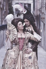 M&A (COUNT ARTOIS) Tags: carnaval carnevale di venezia 2017 costume italie italy venedig venice venise 18th century venicecarnival carnival reenactment rievocazione historical costumes history fashion vampires gothic marie antoinette french revolution