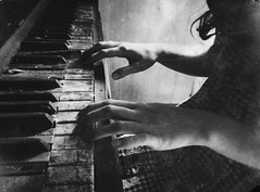 hymn for the weekend..(Carly-mercury house) (Aces & Eights Photography) Tags: abandoned abandonment decay carly oldhouse abandonedhouse ruraldecay piano oldpiano