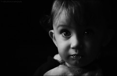 bubble (verenaredfoxgredler) Tags: bw sw monochrome portrait porträt closeup baby kid kind boy junge child children verena gredler redfox redfoxdreamartphotography innsbruck tirol austria österreich photographer fotografin model modell photomodel fotomodel