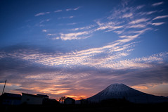 sunrise (gxr_love) Tags: niseko yotei sun sunrise