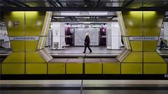 Jungfernstieg (Andrew G Robertson) Tags: germany hamburg metro underground yellow street train jungfernstieg