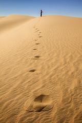 White Desert, Egypt (pas le matin) Tags: sand desert sable sahara landscape paysage world travel voyage egypt égypte afrique africa tracks dune ciel sky blue bleu canon 7d canoneos7d eos7d