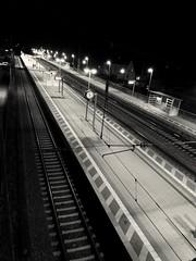 Bahnhof Oberschleißheim bei Nacht (Helmut Stegmann) Tags: bahnhof oberschleisheim trainstation germany deutschland bayern bavaria huawei nacht nachtaufnahme münchen munich welikeit night nightview europa europe