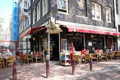 DSCF2253.jpg (amsfrank) Tags: candid amsterdam rivierenbuurt prinsengracht marcella cafe bar marcellas terras sun people tourists