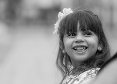 """...""""Small Women""""... (Claudio Gennari ...""""Cogli l'attimo ferma il tempo"""") Tags: kid children smile sorriso piccoli bw amore love canon1dmark3 figli famiglia indifesi cuccioli simpatia"""