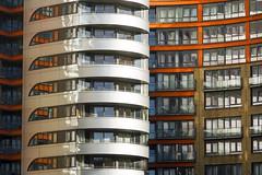 Silver apartment building (Jan van der Wolf) Tags: map164204v architecture londen reflection spiegeling silver building architectuur apartmentbuilding houses huizen paddington