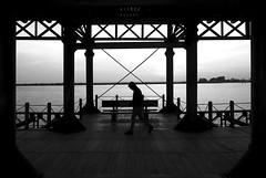 (cherco) Tags: alone solitario walk man hombre composition sea mar x blackandwhite blancoynegro horizon horizonte silhouette silueta shadow sombra lonely mistery