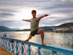 #belove108 - authenticity letzter Tag der belove Challenge. Ich finde dieses Bild beschreibt mich ganz oder? Was macht dich aus? Samstag und Sonntag habe ich insgesamt elfeinhalb Stunden Yoga unterrichtet. So war ich gestern auch entsprechend im Koma. Die