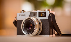 Canon Camera -Must Link to https://informedmag.com (Informedmag) Tags: photography lens canoncamera canon oldcamera canoncanonet canongiii ql17 35mmcamera