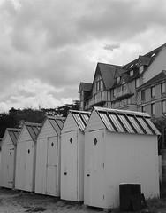 Cabines de plage (Anne DUGAST-SEJOURNE) Tags: cabines de plage saint cast le guildo côtes darmor bretagne brittany beach huts