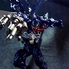 20170514_030355 (dtpmpmpnicetom) Tags: venom transformers tf kaiyodo revoltech amazingyamaguchi marvel acba toyphotography toy4life