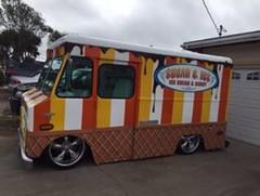 Ice cream truck (CSUMB-Japan Exchange) Tags: csumbjapan exchange csumb japan wlc csumbintlexchtime horn8174 rememberingoldtimes