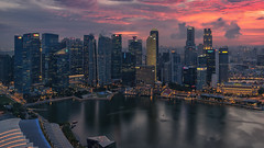 Singapore - Skyline (Stefan Sellmer) Tags: skyporn skypark wow sunset lights outdoor architecture marinabaysands singapore cityscape panorama skyline cloude seaside singapur sg