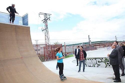 Fuenlabrada contará desde este fin de semana con uno de los principales centros de patinaje, adaptado para la práctica de todo tipo de deportes desde el skate a patinaje, scooter o BMX  El espacio, que se inaugurará oficialmente mañana en un evento en el