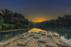 RAFT (ChieFer Teodoro) Tags: canon 6d 1635mm lee filter graduated neutral density gitzo phottix aion pcl6dr fb44ii sunrise landscape philippines villa escudero bamboo raft rafting lake tiaong quezon