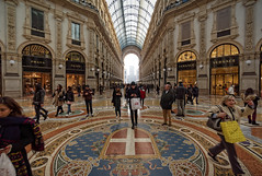 Cross at the crossroads (Мaistora) Tags: architecture building arcade gallery shopping retail shops mall fashion design luxury abundance flair panache style class icon iconic duomo milan milano italy tourist tourism attraction landmark site mustsee mustphotograph cliche