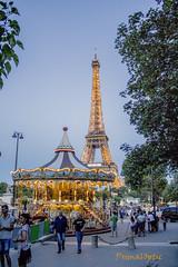 Paris Ferris (PrimalOptic) Tags: paris amusement eiffel tower tour france night dusk français french travel voyage lumières lights primaloptic maxwell atmosphere