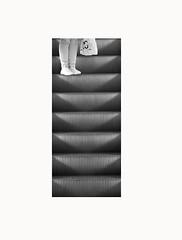 G Ö I H G D Ø W N (Serifff) Tags: línea lines minimalism minimalismo minimalist minimal arquitecto arquitectura blancoynegro blackandwhite bw bnw negro blanco white black steps architecture comercialcentral building mall escalator