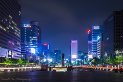 Statue of Admiral Yi Sun-sin (Gerald Ow) Tags: night photography long exposure canon eos 5dmkii 5dmk2 geraldow admiral yi sunsin seoul korea southkorea ef24mm f14lii primelens 이순신
