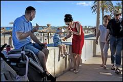 Cala Bona - Cala Millor (www.nielsdejgaard.dk) Tags: calamillor calabona beach strand beachlife strandliv family familie pizza mallorca people mennesker