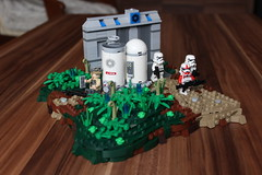 Preparing a Suprise | MOC-off, round 2. (Jan, The Creator) Tags: starwars imperial stormtrooper gcw rebeltrooper