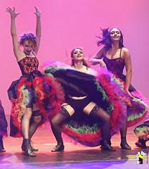 Elas Bailarinas (Marcelo Seixas) Tags: mulher linda maravilha dancing cabaret beautiful lovely cady action dance ballerina art arte jazz clássicos broadway class performace poise balerina balance artistic woman star show apresentação boavista boa roraima espetáculo ballet moderno balletmoderno performances students aluna ballo balé bailariana bailarino ballerino palco light perfect perfeito perfeição musculos muscles young jovem dança danze danza tanz tones tons surreal wow canon girl love people photo photography ciajmjazz profissional professional balet baletka baletki baletky balletslippers ballerinas balett