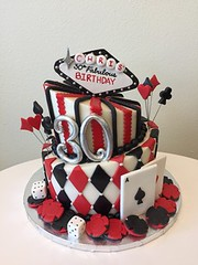 Loads of Vegas cake (Retro Bakery in Las Vegas) Tags: loads vegas cake