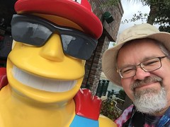 """Universal Studios, Florida: Scott and Duffman! • <a style=""""font-size:0.8em;"""" href=""""http://www.flickr.com/photos/28558260@N04/34701466586/"""" target=""""_blank"""">View on Flickr</a>"""