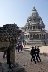 NPL - Durbar Square - Patan (VesperTokyo) Tags: katmandu nepal カトマンズ カトマンズ盆地 カトマンドゥ ネパール religion hindu ヒンズー ヒンドゥー nepalese asia unescoworldheritagesite 世界遺産 kathmandu patan ネパール人 krishnatemple