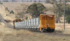 QR Empty Ballast (Dulacca.trains) Tags: qr queenslandrailways ballast train locomotives 2474 1723 diesel dulacca queen sland australia australian aussie oz qrn