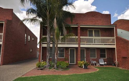 2/546 Kotthoff Street, Lavington NSW