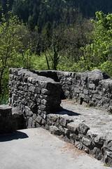 Burgruine - Ruine der Burg Weissenau ( Baujahr 13. Jahrhundert - Niederungsburg Insellage - castello rovina castle ruin ) am U.fer des T.hunersee in Unterseen bei Interlaken im Berner Oberland im Kanton Bern der Schweiz (chrchr_75) Tags: mai christoph chrigu 2017 chrchr hurni chrchr75 chriguhurni schweiz switzerland suisse swiss bern svizzera berner oberland suissa kanton kantonbern hurni170510 hochformat susisa albumregionthunhochformat thunhochformat history suiza ruin ruine ruina suíça castillo sveits burg geschichte festung sviss zwitserland rovina sveitsi burgruine mittelalter ruïne руины szwajcaria burganlage スイス wehrbau bärn albumburgruinenkantonbern albumschweizerschlösserburgenundruinen