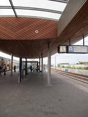 Station Breukelen (Fotorob) Tags: spoorweg nederland architecture utrecht spoorwegstation reepvander perronoverkapping transport holland netherlands niederlande architectura architectuur breukelen