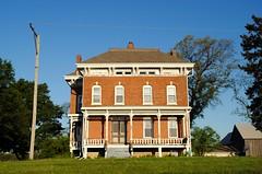 Farmhouse in Genoa Illinois (Cragin Spring) Tags: midwest unitedstates usa unitedstatesofamerica illinois il house home old farmhouse architecture genoa genoail genoaillinois rural farm