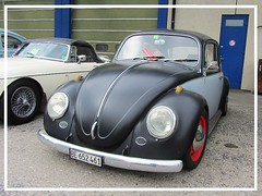 VW Beetle (v8dub) Tags: vw beetle volkswagen fusca maggiolino käfer kever bug bubbla cox coccinelle schweiz suisse switzerland fribourg freiburg otm german pkw voiture car wagen worldcars auto automobile automotive old oldtimer oldcar klassik classic collector aircooled