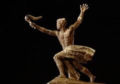 Budapest (georges.loustale) Tags: bronze hongrie budapest liberte nuit canon 5dm3