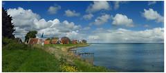 Uitdam (Ger Veuger) Tags: panorama landschap landscape noordholland noordhollandslandschap dutchlandscape uitdam uitdammerdijk markermeer dijk dike weer weather wolken clouds hollandslicht dutchlight