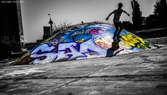 Skate Graffiti (Paullus23) Tags: skate skatepark lisbon lisboa parquedasnacoes bridge ponte pontevascodagama bridgevascodagama bnw blackandwhite pretoebranco graffiti grafite grafitti