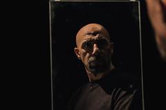To be or not to be (♫♪♭Enricodot ♫♪♭ an apple a day....) Tags: enricodot embortolini nene mirror specchio blackground portrait portraits theatre teatro man actor actors