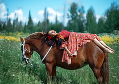 The Gipsy on a horse (Kristina_korotkova) Tags: girl model gipsy field wood greens summer flowers red