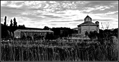 Iglesia de Santa María de Eunate (Gurutx) Tags: santiagosway caminodesantiago eunate monocromo wb blancoynegro noirblanc iglesia church iglesiatemplaria nafarroa navarra europe euskadi paisvasco