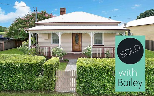 16 Argyle Street, Singleton NSW