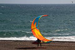 Via col vento (meghimeg) Tags: 2017 genova mare sea vento wind onde wave uomo man ombra shadow sole sun colori colors