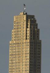 Crew Tower, Cincinnati Ohio (ucumari photography) Tags: ucumariphotography cincinnati ohio april 2017 crewtower architecture dsc1259