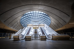 Canary Wharf tube station (Joris Vanbillemont) Tags: underground metro tube subway ubahn station architecture