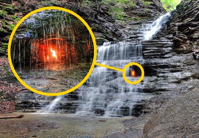 Bí ẩn về ngọn lửa vĩnh cửu không thể dập tắt trên Trái đất thách thức giới khoa học - Ảnh 1.
