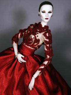 Une Femme En Rouge