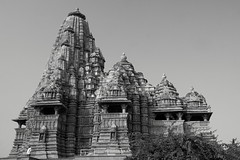 Khajuraho Temple 5 blk & white (Debbie Sabadash) Tags: khajuraho madhya pradesh india