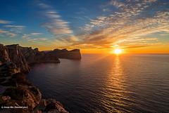 Cap Formentor (McGuiver) Tags: olympus zuiko918 formentor mallorca baleares sunset atardecer capvespre sol sun serratramuntana landscapes puestadesol mediterrani mediterràneament